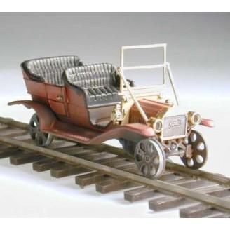 1910 MODEL T FORD RAIL CAR KIT (TOP DOWN)