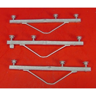 O SCALE POWER POLE HIGH VOLTAGE 3 WIRE STYLE CROSS ARMS