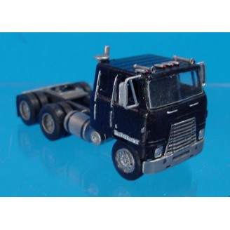 HO SCALE 1/87 INTERNATIONAL TRANSTAR II COE SEMI TRACTOR WITH SLEEPER CAB
