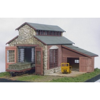 S SCALE/Sn3/Sn2 BACKWOODS ENGINE HOUSE & REPAIR SHED KIT