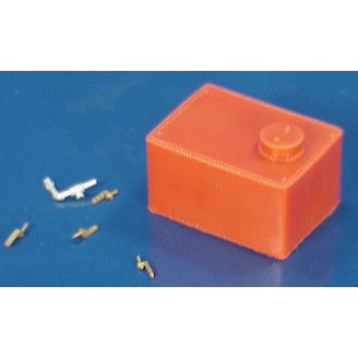 O SCALE SMALL RECTANGULAR WATER TANK FOR SMALL TENDERS OR DONKEY ENGINES