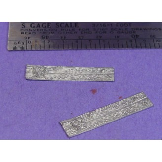 S SCALE / Sn3 DETAIL PARTS : WOOD PLANKS WITH JUNK