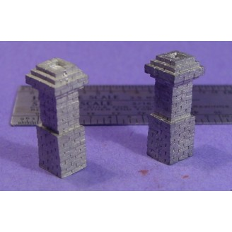 S SCALE / Sn3 DETAIL PARTS : 2 BRICK CHIMNEYS DALLAS STATION STYLE