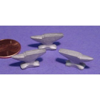 O SCALE LARGE BLACKSMITH ANVILS