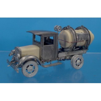 O SCALE KLEIBER CLOSED CAB CEMENT MIXER TRUCK