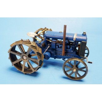 O SCALE 1/48 FORDSON FARM TRACTOR KIT
